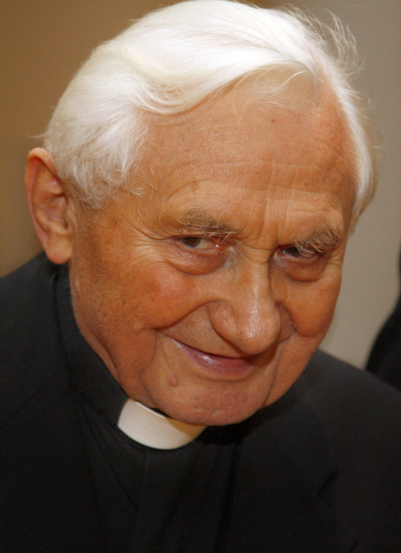 Georg Ratzinger Becomes An Honorary Citizen Communio