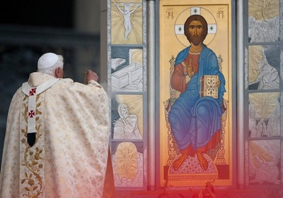 Pope incenses Resurrection icon.jpg