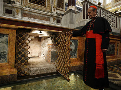 St Paul tomb.jpg