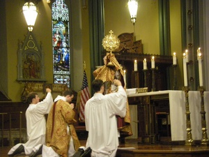 benediction in Church Corpus Christi 2010.jpg