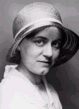 St Edith Stein in lay clothes.jpg