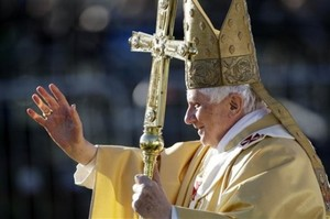 Pope Benedict in Glasgow Scotland Sept 16 2010.jpg