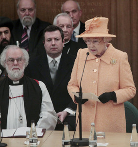 Queen attends 9th Synod.jpg