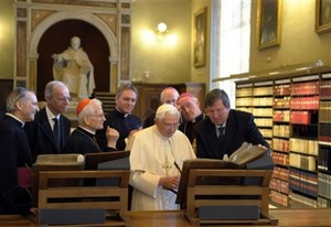 Benedict XVI opens Vatican Library after renovation.jpg