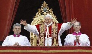 Pope waves Dec 25 2010.jpg