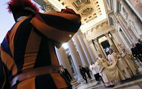 Swiss Guard salutes Pope.jpg