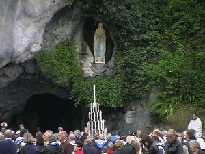 faithful at the Lourdes grotto.jpg