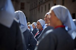 Sisters of the Iesu Communio, Escorial, Aug 19 2011.jpg