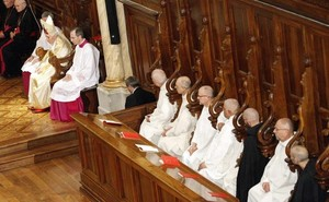Pope and Carthusians 2011.jpg