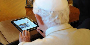 Pope with iPad.jpg