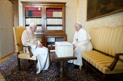 2 popes talking 23 March 2013.jpg