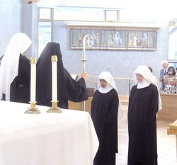 nun investiture july08.jpg