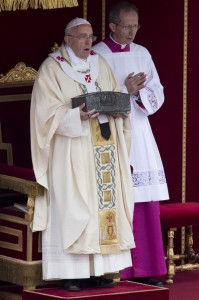 Pope Francis with Apostles relics 2013