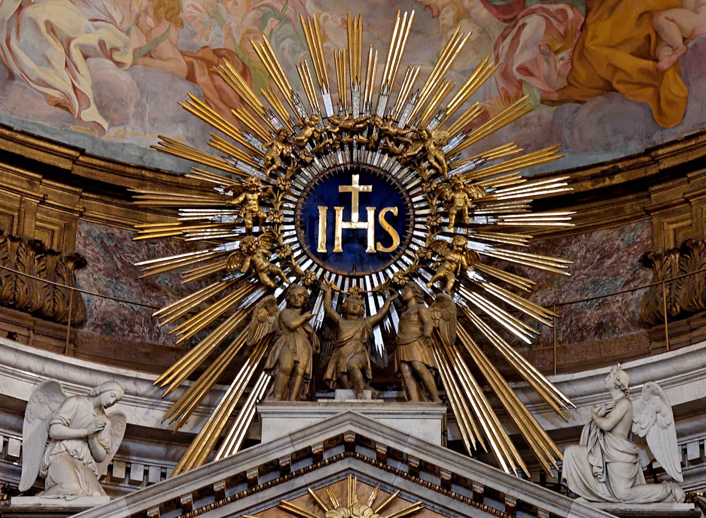 Vatican Court Yard Key Hole The Philosophic Examiner