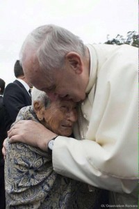 Pope and Ecuadorian woman 2015